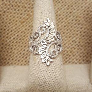 Jewelry - Sterling Silver Elegant Vines Ring